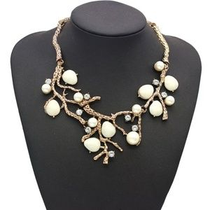 pearls beads Crystals choker necklace